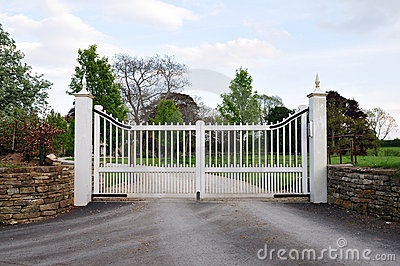 Stately Home Gates and Driveway