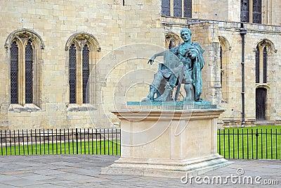 Statua dell imperatore romano Constantine, York, Inghilterra Fotografia Editoriale