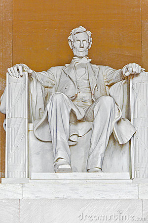 Statue of Abraham Lincoln at