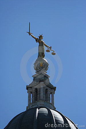 Statue am alten Baily Gericht