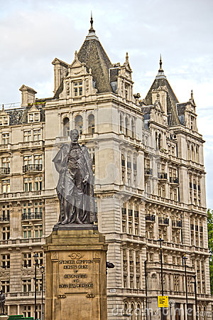 Statue of Duke of Devonshire on the Whitehall
