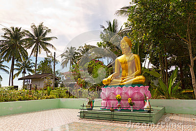 Statue of golden Buddha in Thailand