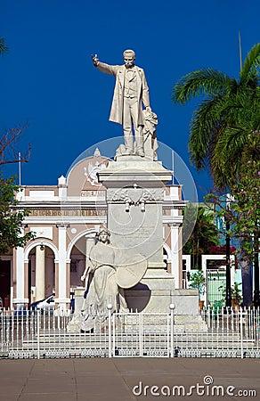 Statue Jose Marti