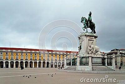 Statue of King Jose