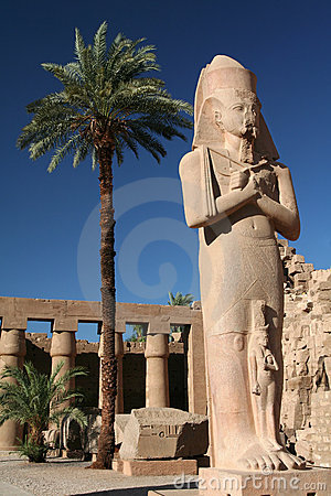 Statue of King Ramses II.