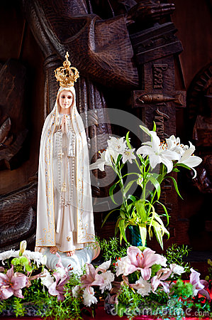 Statue Of Mary Stock Photos - Image: 27202533