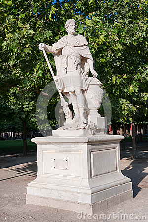 Free Statue Of Hannibal In The Park. Paris, France Royalty Free Stock Images - 37558609