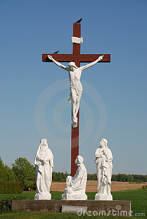 Free Statue Of Jesus Christ On Wood Cross Stock Images - 5258014