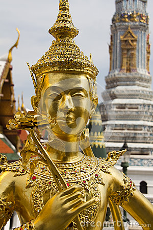 Free Statue Of Kinnari In The Grand Palace (Wat Phra Kaeo) In Bangkok, Thailand. Royalty Free Stock Images - 41995129