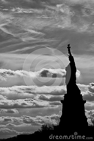 Free Statue Of Liberty Black And White Vertical Isolated Silhouette Royalty Free Stock Images - 31663989