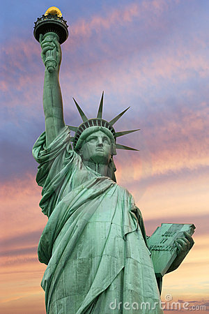 Free Statue Of Liberty Under A Vivid Sky Stock Photography - 18135602
