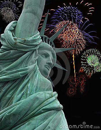 Free Statue Of Liberty With Fireworks Stock Images - 6669414