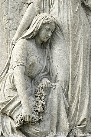 Free Statue Of Mourning Woman At Cemetery Royalty Free Stock Photos - 8697518