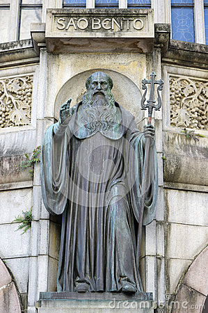 Free Statue Of St. Benedict In The Facade Of The Abbey Of Our Lady Of Royalty Free Stock Photography - 53284537