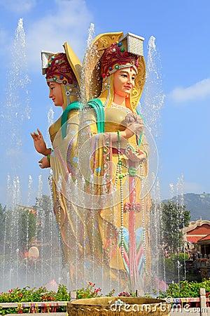Free Statue Of The Chinese Sea Goddess Mazu, Srgb Image Stock Photo - 131284290