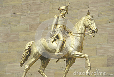 Statue of patriot on horseback