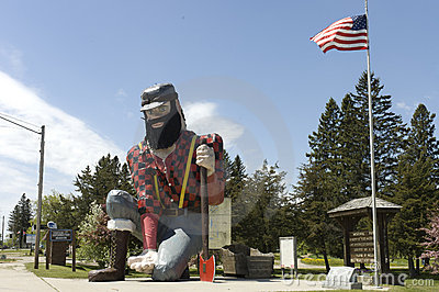 Statue of Paul Bunyan the giant lumberjack Editorial Stock Image