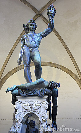 Statue Perseus slaying Medusa in Firenze