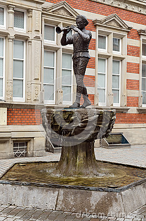Statue of the Pied Piper