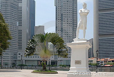 Statue of Raffles at historical site in Singapore