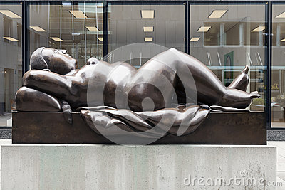 Statue of Reclining Woman by Fernando Botero Editorial Stock Image