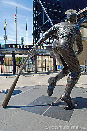 Statue of Roberto Clemente Editorial Image