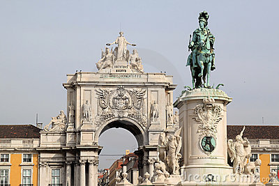 Statue and triumphal arch in Lisbon, Portugal