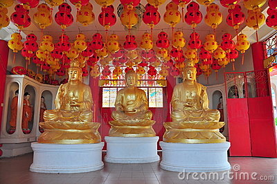 Statues of Buddhist gods