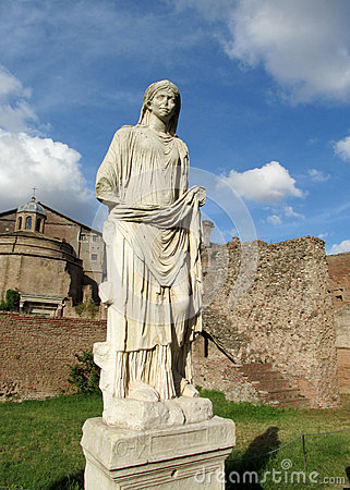 Free Statues In Roman Forum Ruins In Rome Stock Photography - 51727002