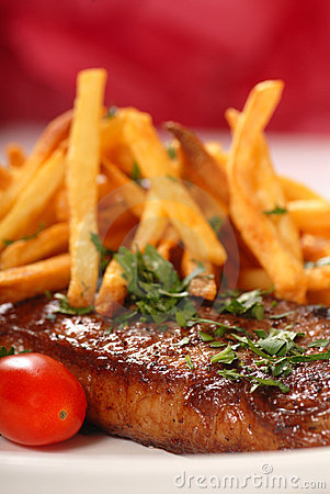 Free Steak And Fries Royalty Free Stock Photography - 7655447