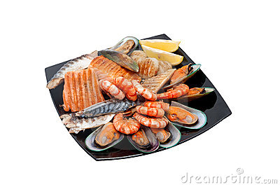 Steak with fish, mussels and prawns