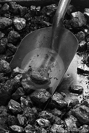 Free Steam Train Coal And Shovel Royalty Free Stock Image - 920186