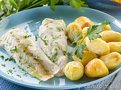 Steamed cod with parsley