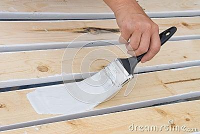 Verniciare il legno di bianco terminali antivento per for Verniciare il legno