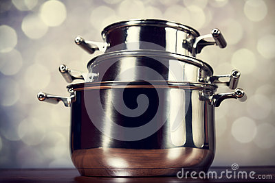 Steel cooking pots