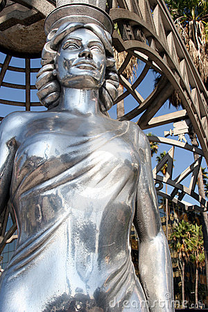 Free Steel Female Statue Stock Photography - 899862