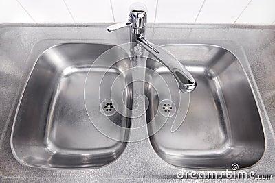 Steel washbasin