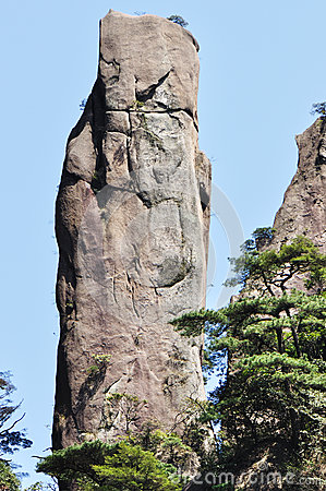 Steep cliff in sanqingshan