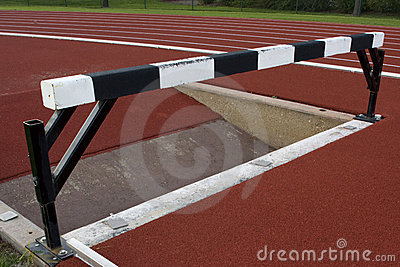 Steeplechase barrier with water jump