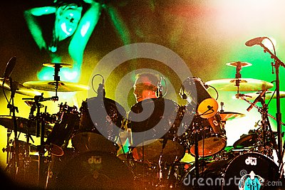 Stephen Perkins of Jane s Addiction playing drums Editorial Stock Image