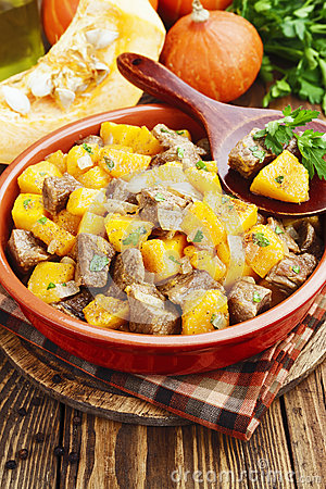 Free Stew Beef With Pumpkin Royalty Free Stock Photos - 65266018