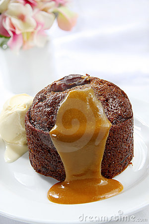 Free Sticky Date Pudding Royalty Free Stock Image - 7431246
