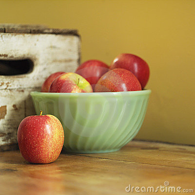 Still life of apples in bowl