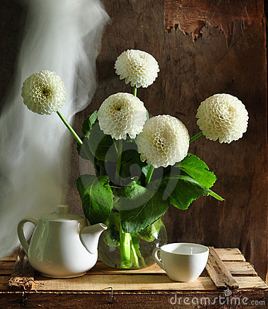 Still life with dahlias white
