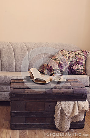 Free Still Life Interior Details, Book And Cup Of Tea On Old Trunk Royalty Free Stock Photo - 54155365