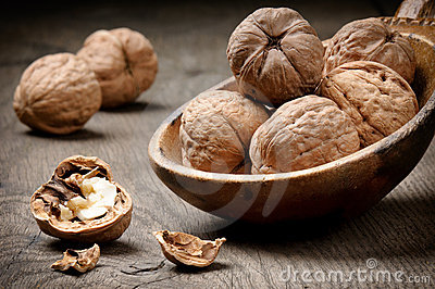 Still-life with walnuts