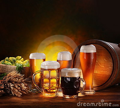 Free Still Life With A Keg Of Beer Royalty Free Stock Photos - 20560948