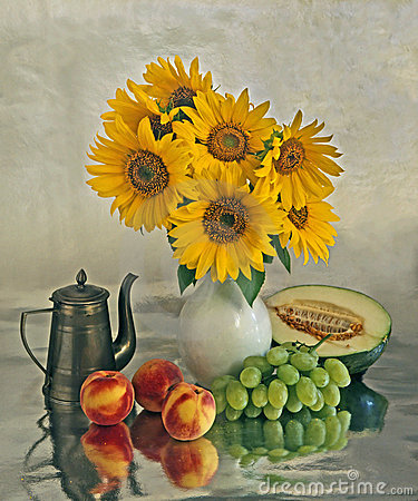Free Still Life With A Sunflowers And Fruits Stock Image - 5069561