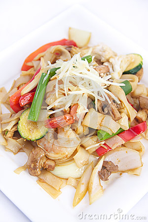 Free Stir Fried Flat Rice Noodles With Ginger Sauce. Stock Photos - 33024443