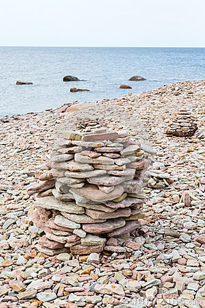 Free Stone Cairn Royalty Free Stock Images - 41901499
